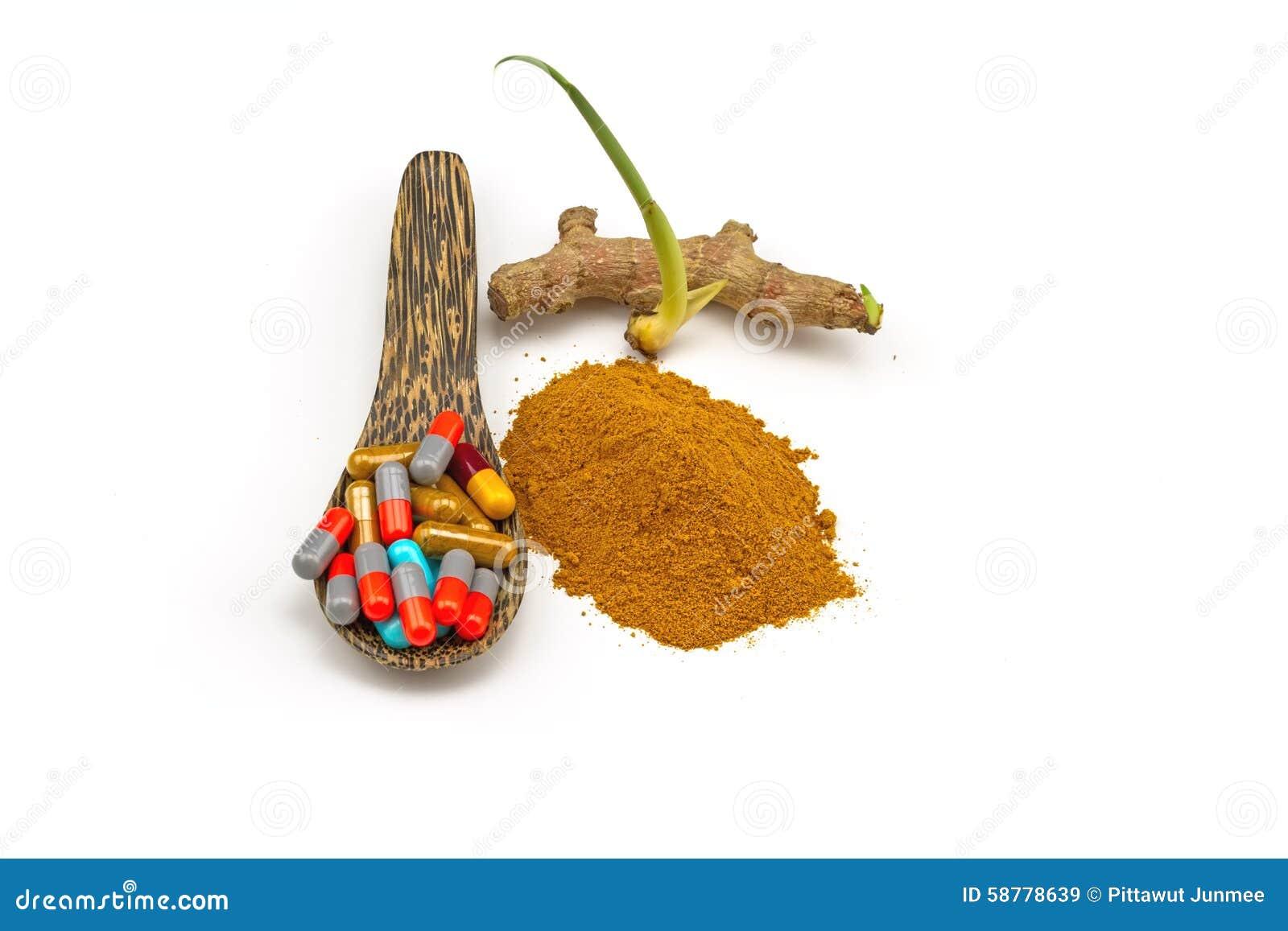 Pilules dans la cuill re en bois et frais color s de plai plai le nom - Le coup de la cuillere en bois ...