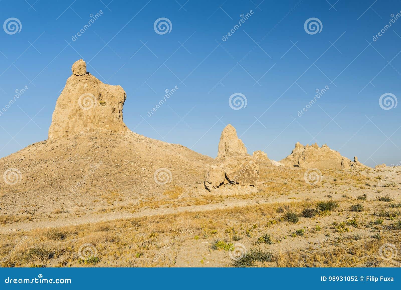 Pináculos do Trona