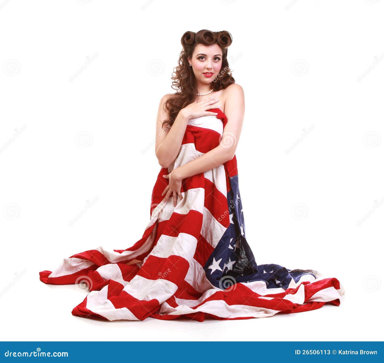 Pin acima da menina no estúdio com bandeira americana