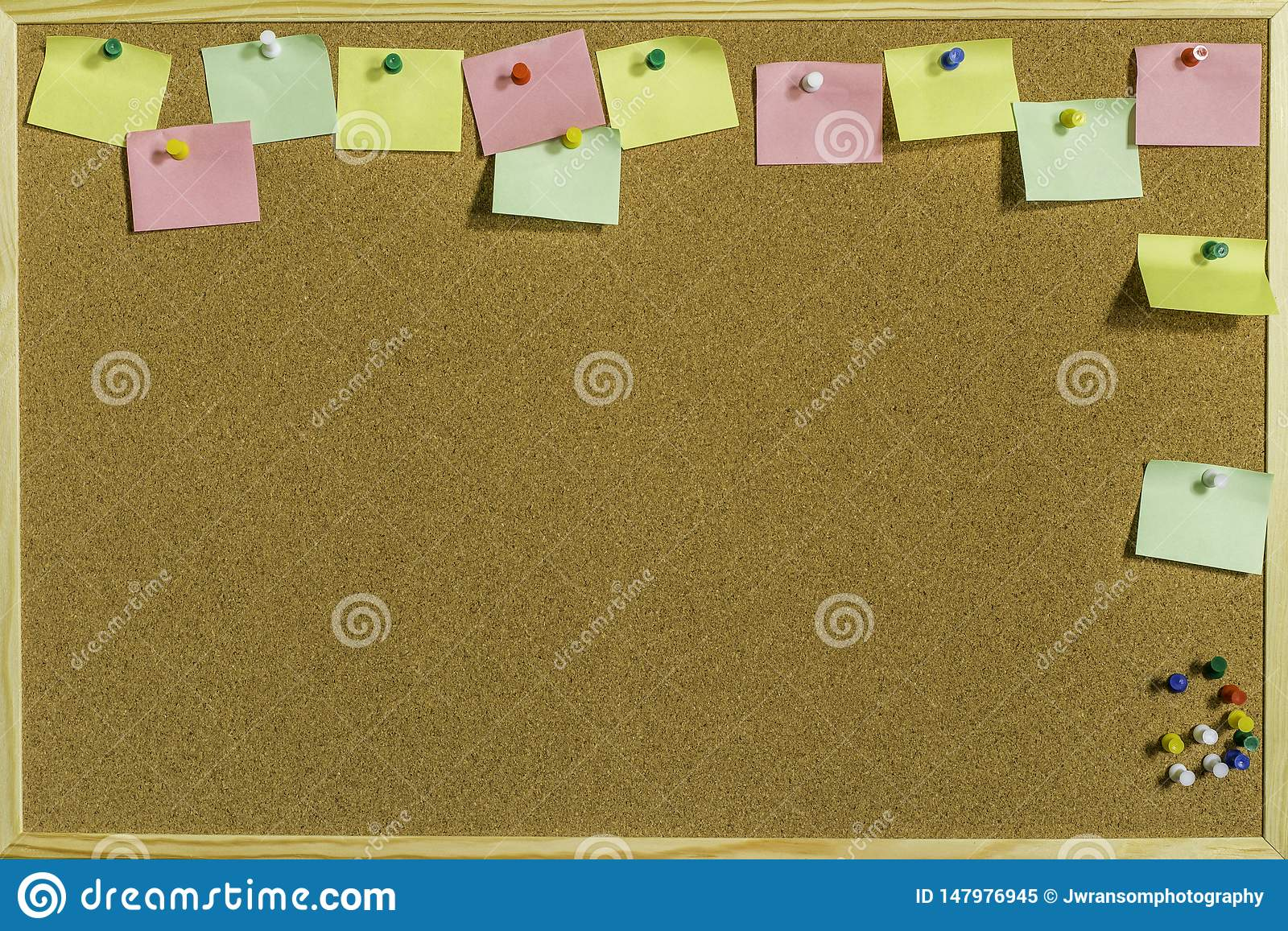 Pin Board With Space For coloré vos messages