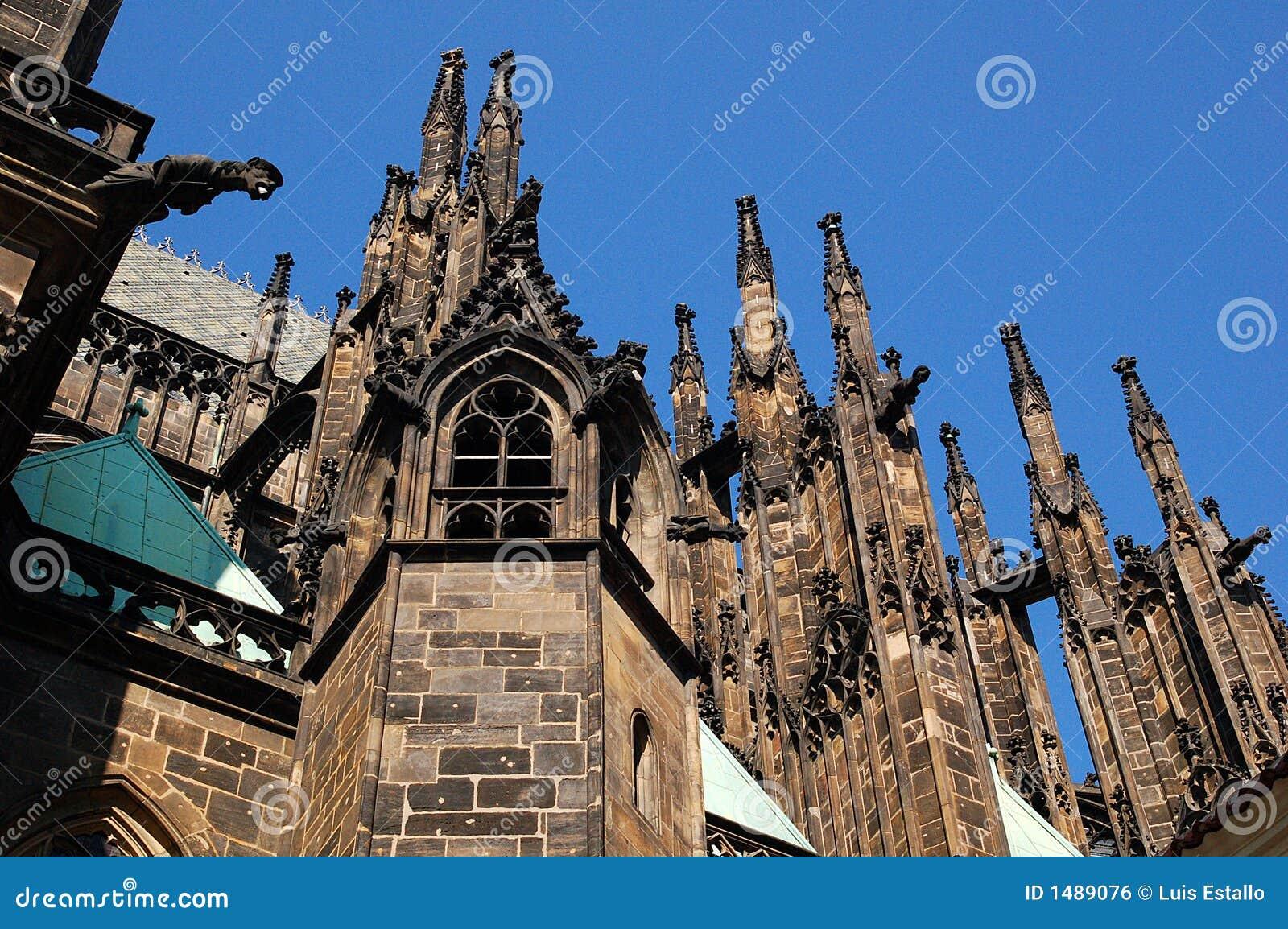 Pinakle gothic