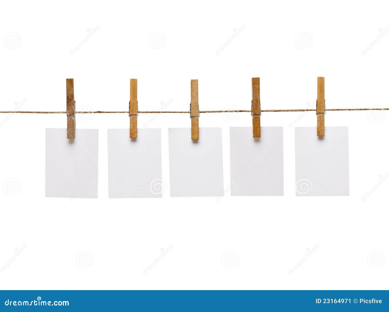 pince linge et papier de note image stock image 23164971. Black Bedroom Furniture Sets. Home Design Ideas