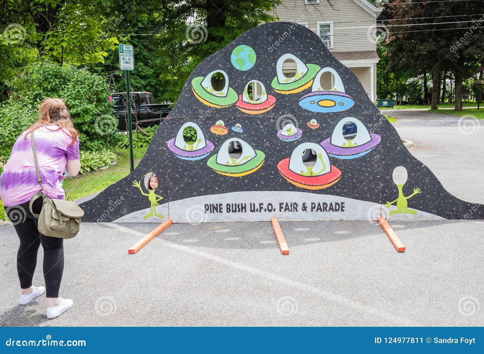 Pine Bush UFO Fair Flying Saucer Photo Opp