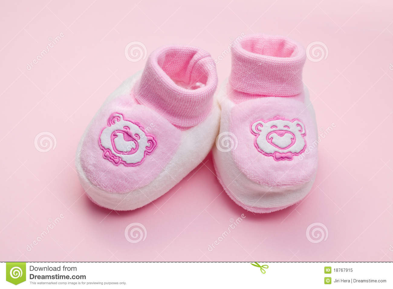 pink baby shoes royalty free stock photo image 18767915