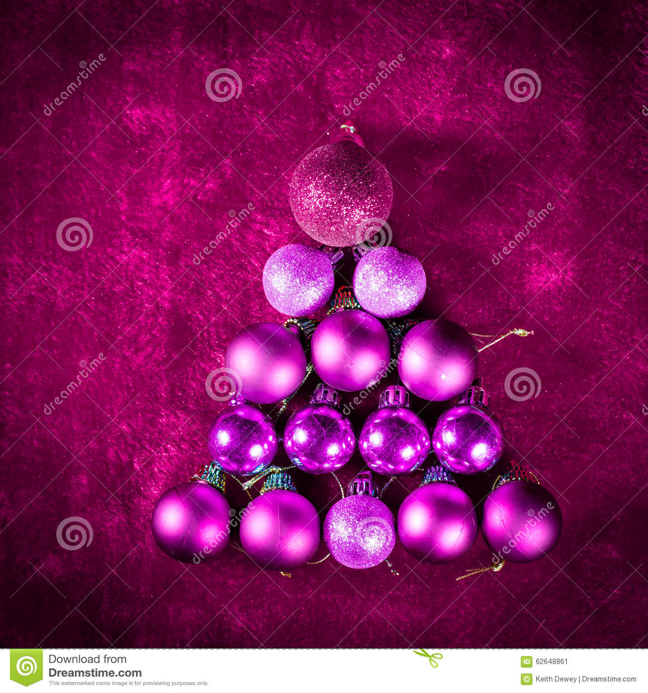 Pink christmas bauble tree of ball balls with extra - Purple and red go together ...
