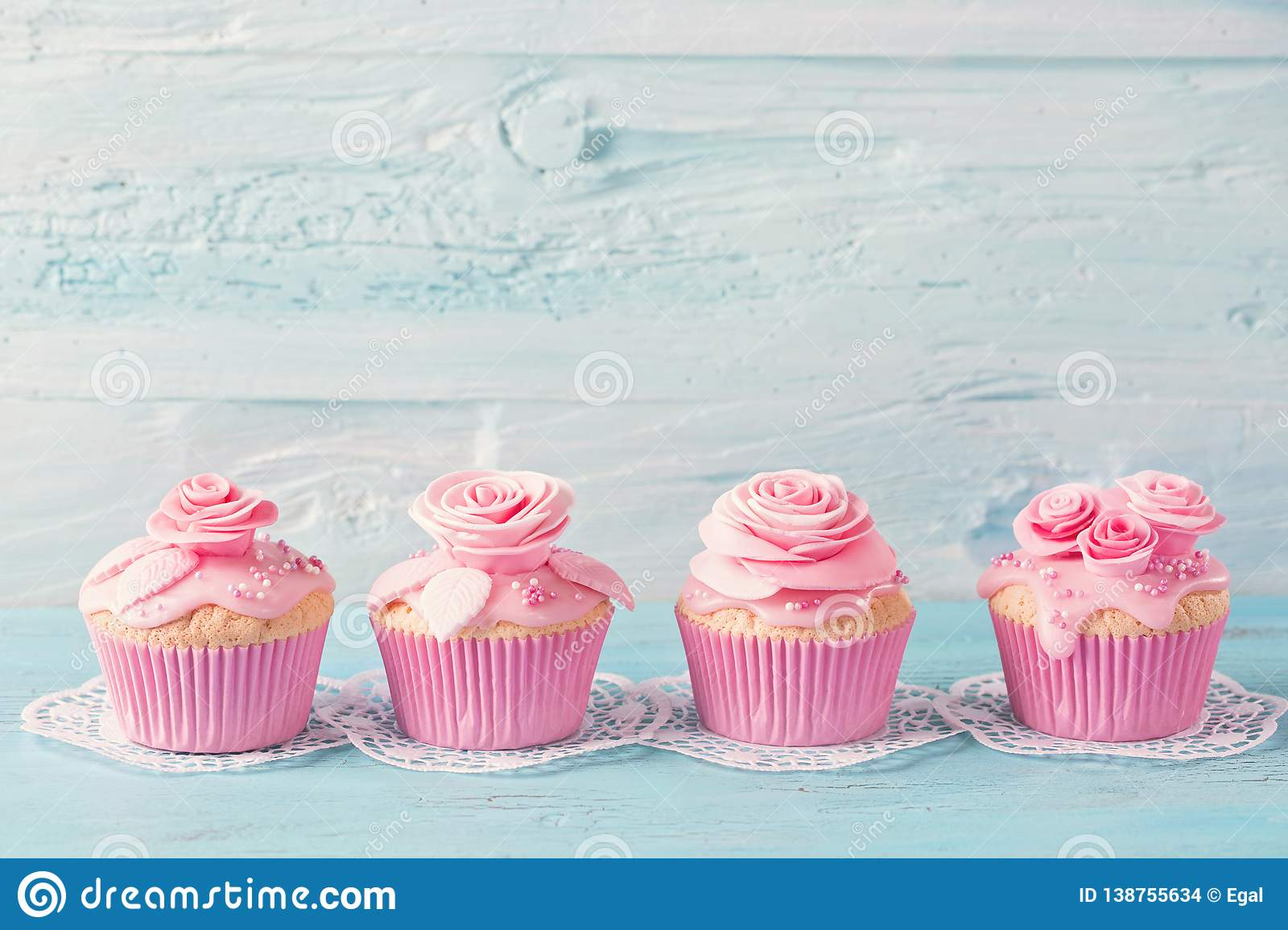 Pink cup cakes