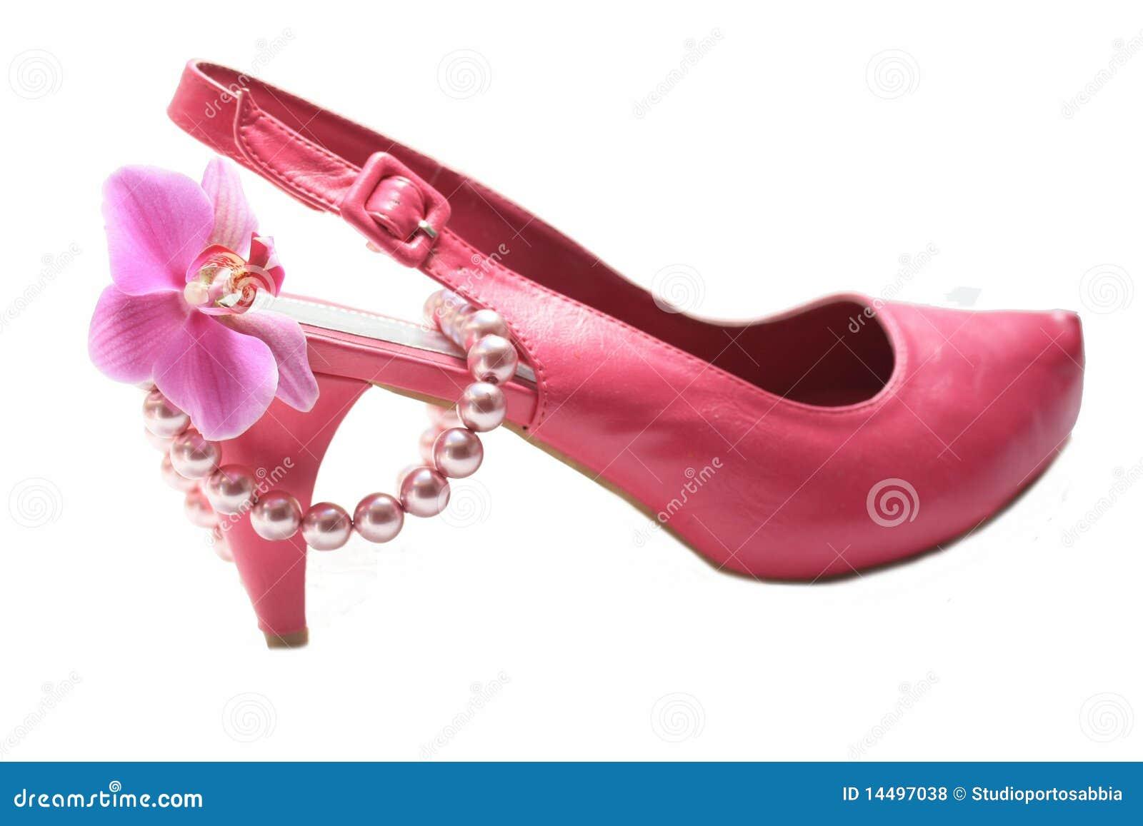 Pink fashionista accessories