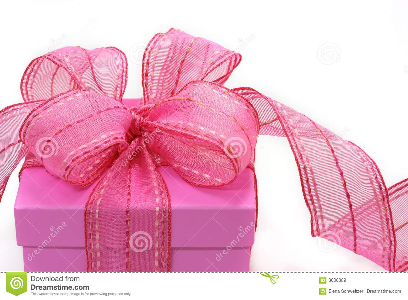 Pink Gift Box Royalty Free Stock Images - Image: 3000389