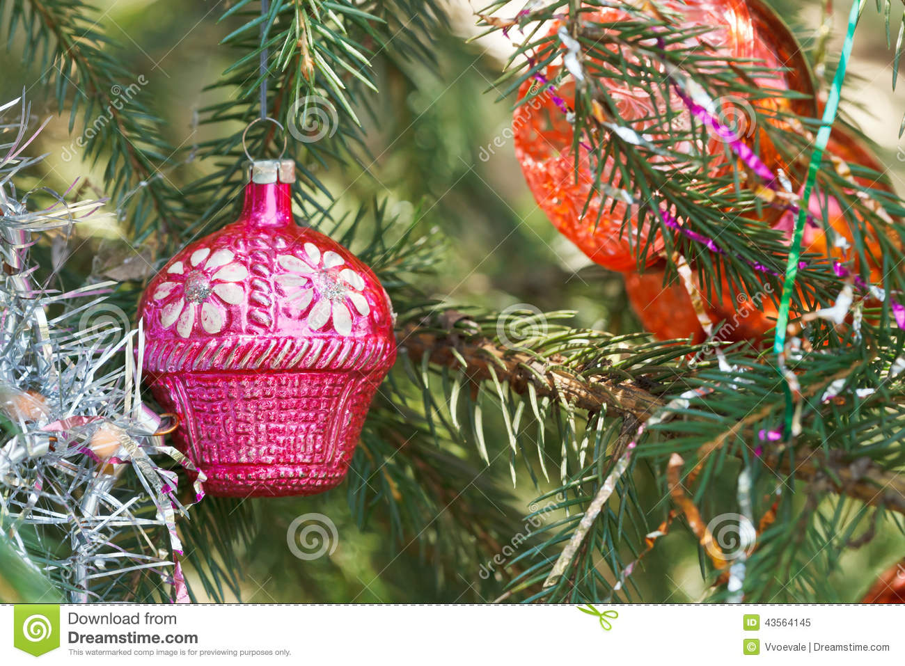 pink house christmas decoration stock photo - image: 43564145