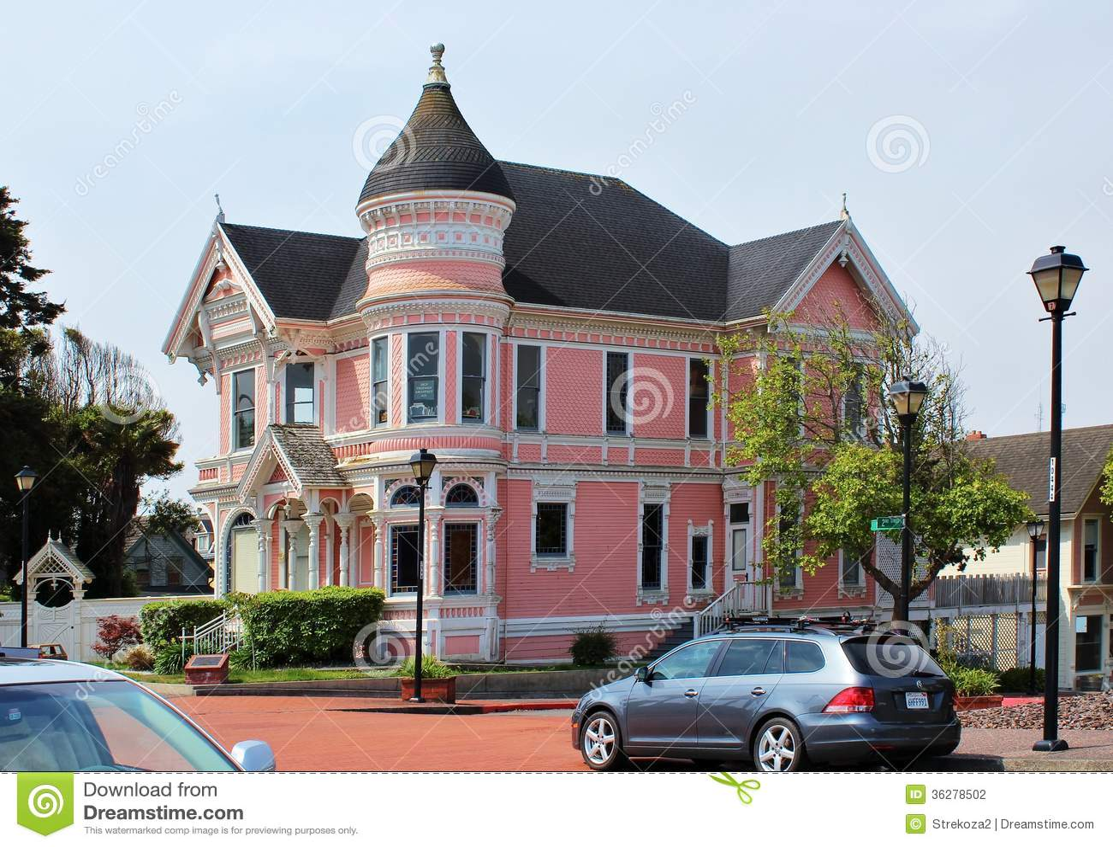 Pink lady house in eureka california editorial for Eureka house