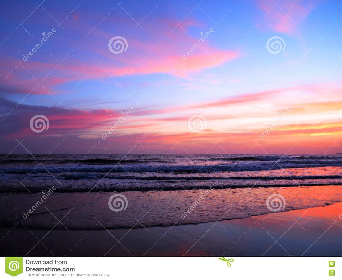 Pink And Purple Sunset Over The Ocean Stock Image Image Of Blue Purple 74566459