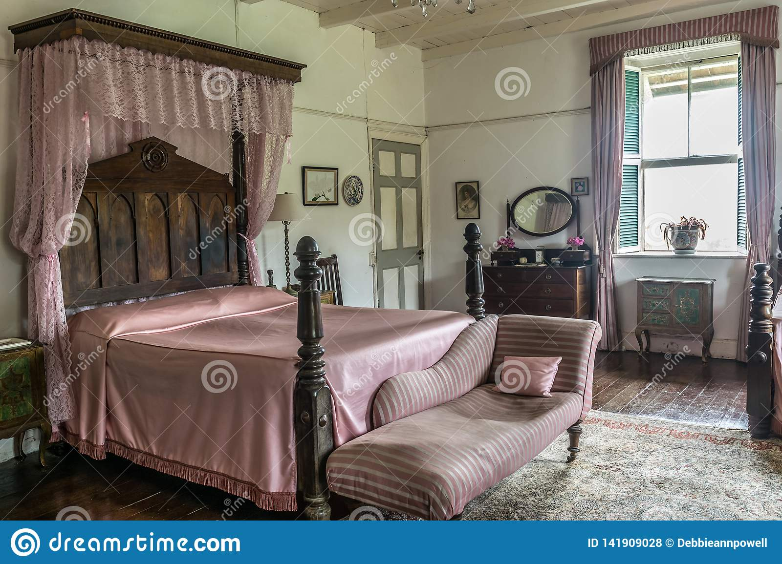Pink Vintage Bedroom Decor Including An Antique French ...
