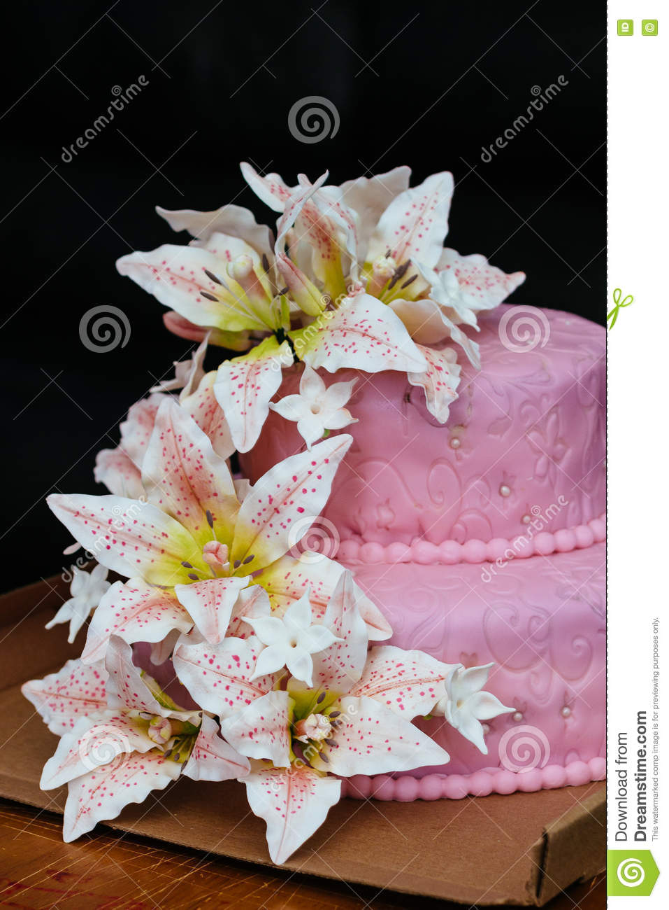 Pink Wedding Cake Lily Flower Topper Stock Image Image Of Ivory