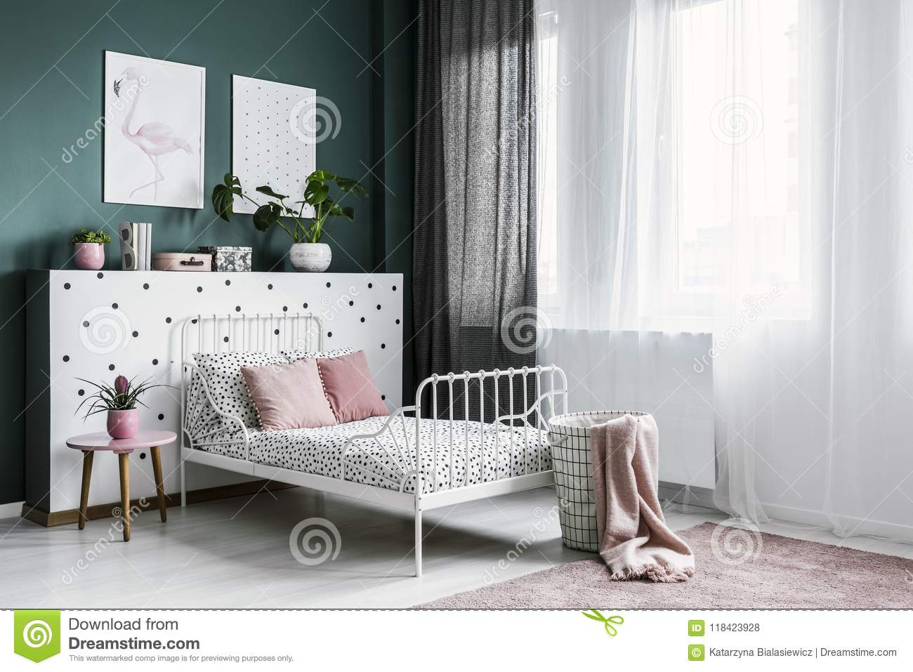 Pink And White Bright Bedroom Stock Photo Image Of Patterned Apartment 118423928