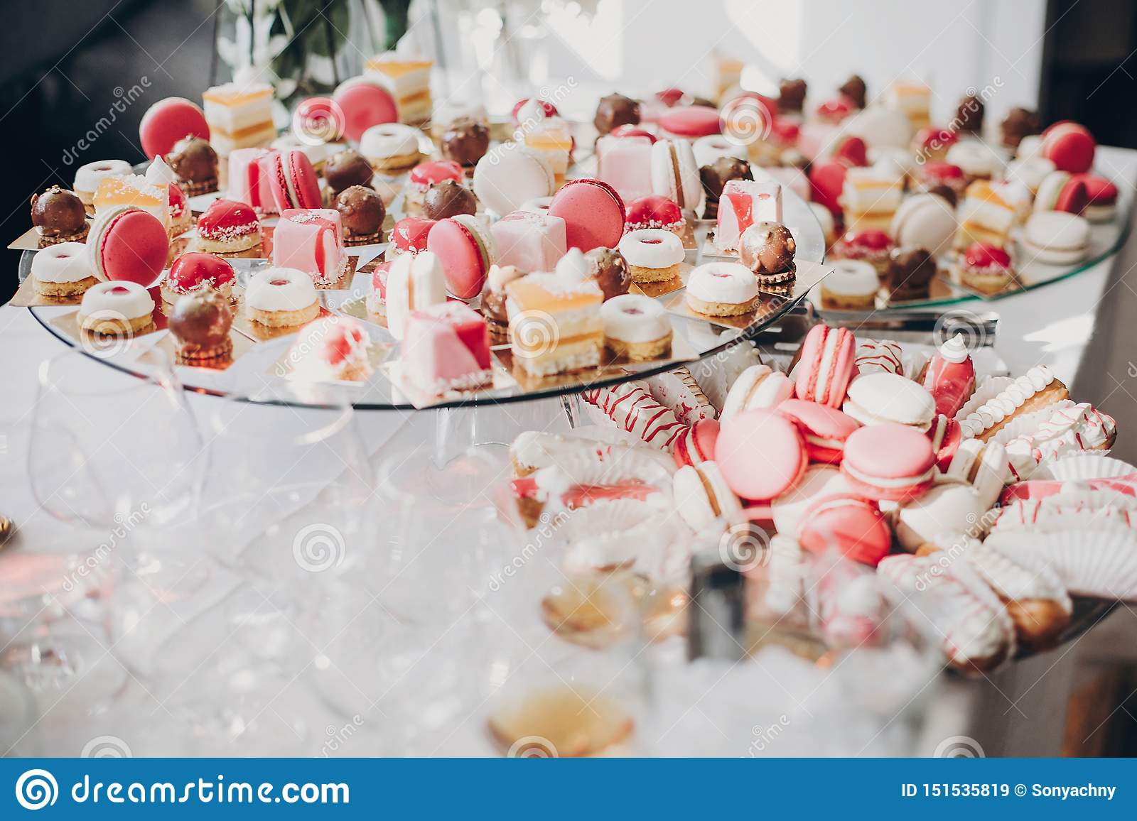 Pink And White Desserts Macarons And Cupcakes On Stand Modern Sweet Table At Wedding Or Baby Shower Luxury Catering Concept Stock Image Image Of Gift Baked 151535819