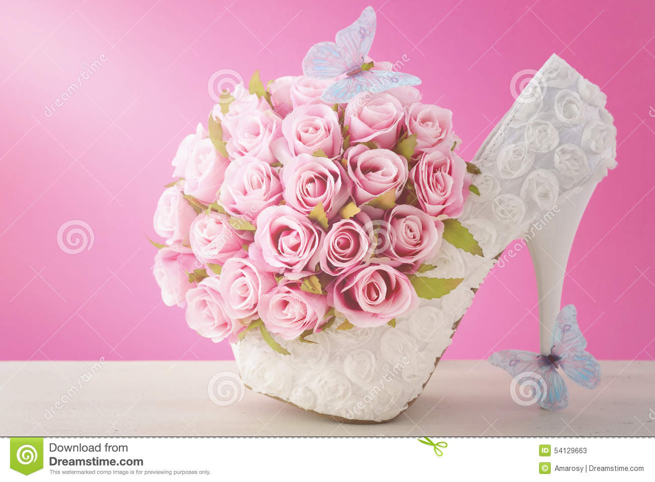Pink And White Theme Wedding Bouquet Concept. Stock Image - Image of ...