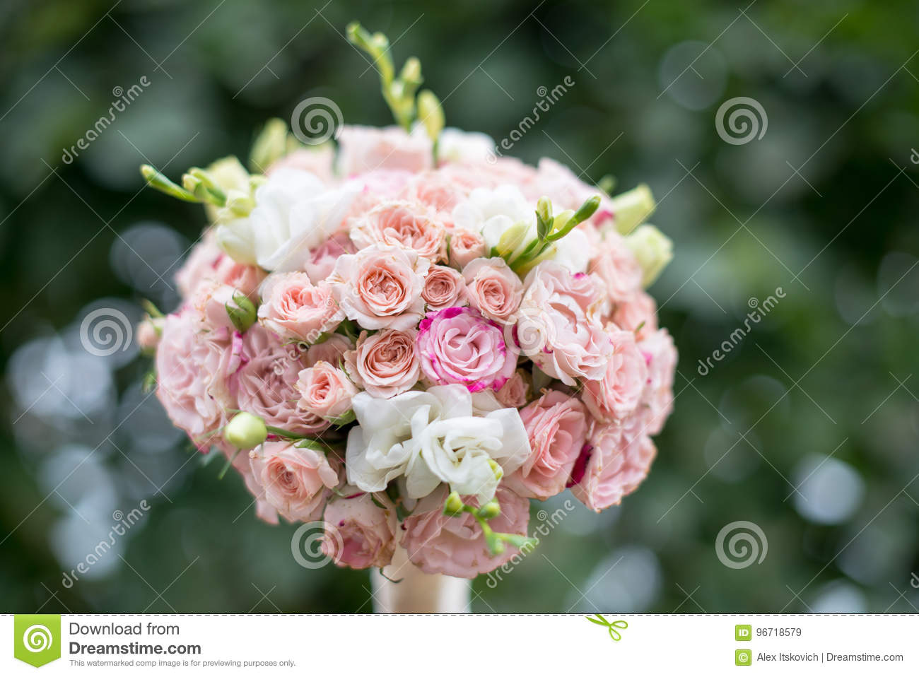 Pink And White Wedding Bouquet On A Green Background Stock Image