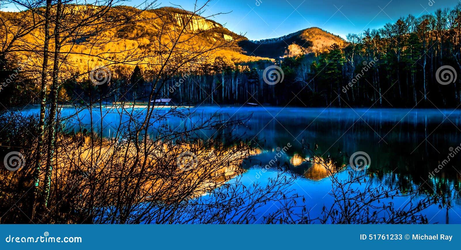 Pinnacle Lake With Table Rock Mountain