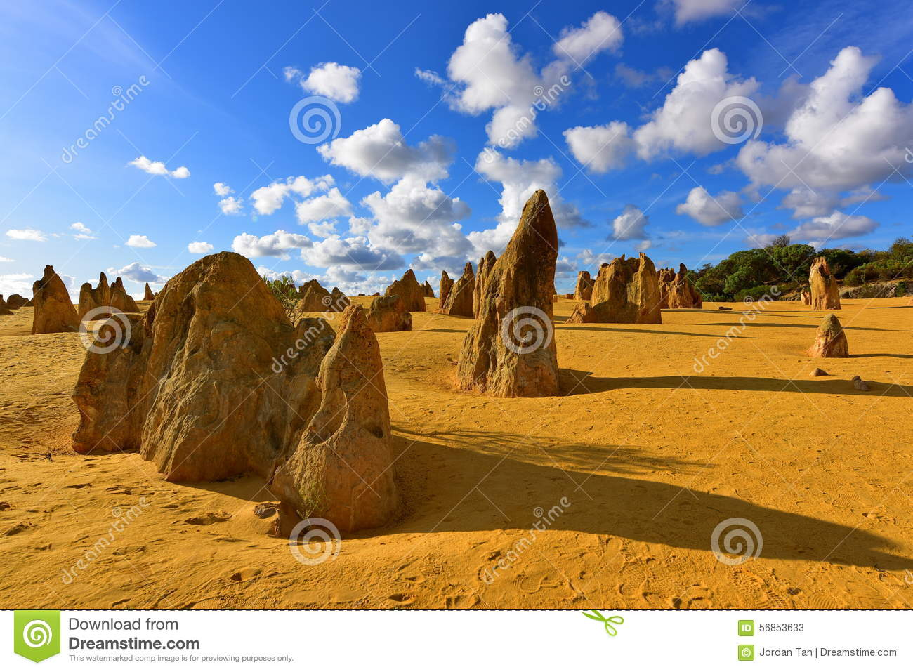 The Pinnacles Dessert Famous For Its Limestone Rock ...