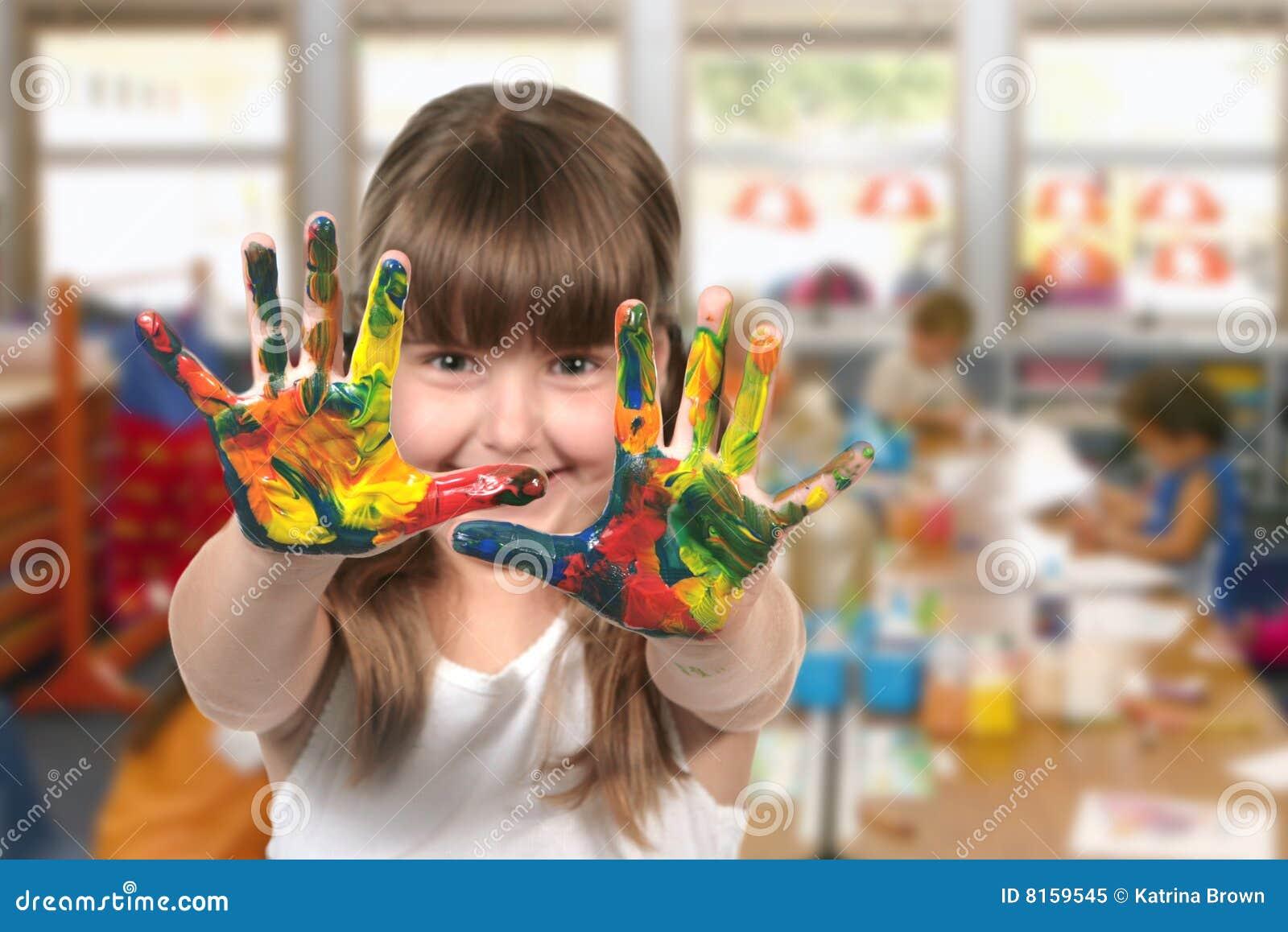 Pintura de la sala de clase en jard n de la infancia foto for Que es jardin de infancia