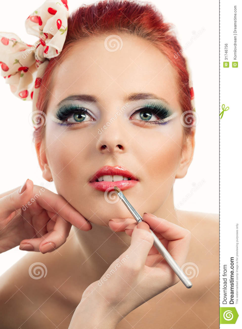 Professional Make Up Artist: Pinup Makeup Stock Photo. Image Of Female, Hand, Brush