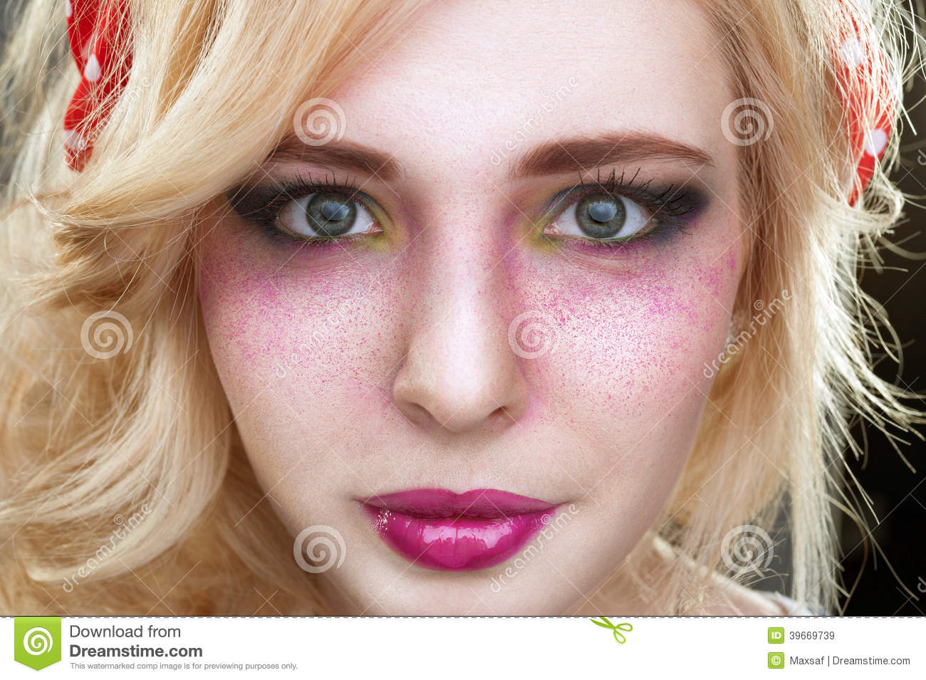 Pinup retro vintage Blonde woman with bright creative make-up an