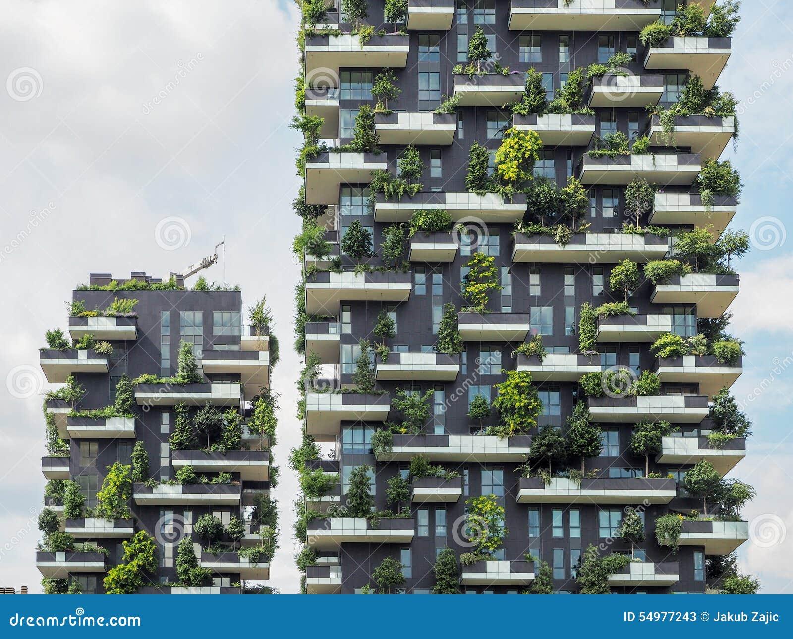 Pionowo lasowi budynki w Mediolan, Maj 2015
