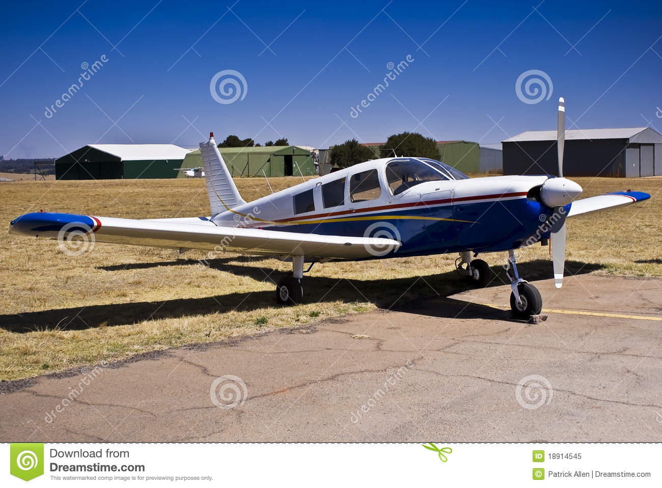 Piper PA-32 Cherokee Six Saratoga Stock Image - Image of