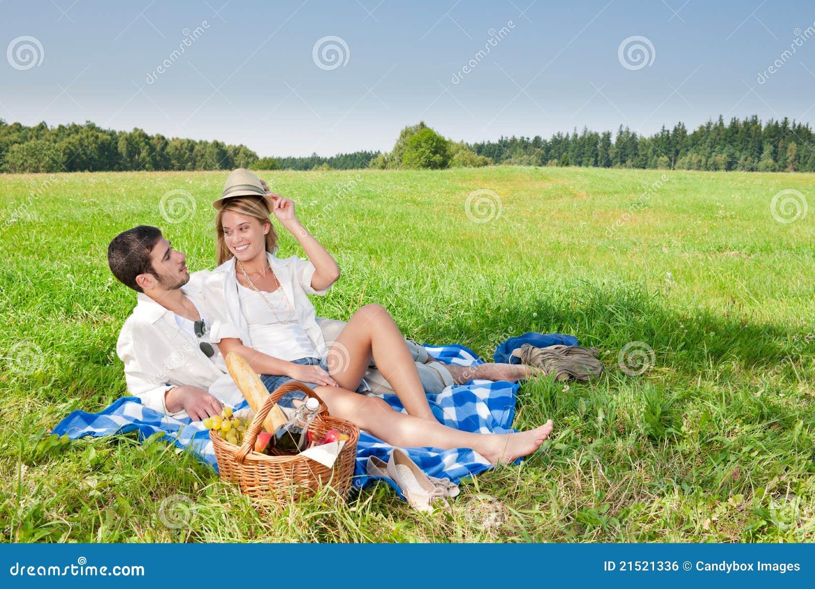 couple romantique fellations natures