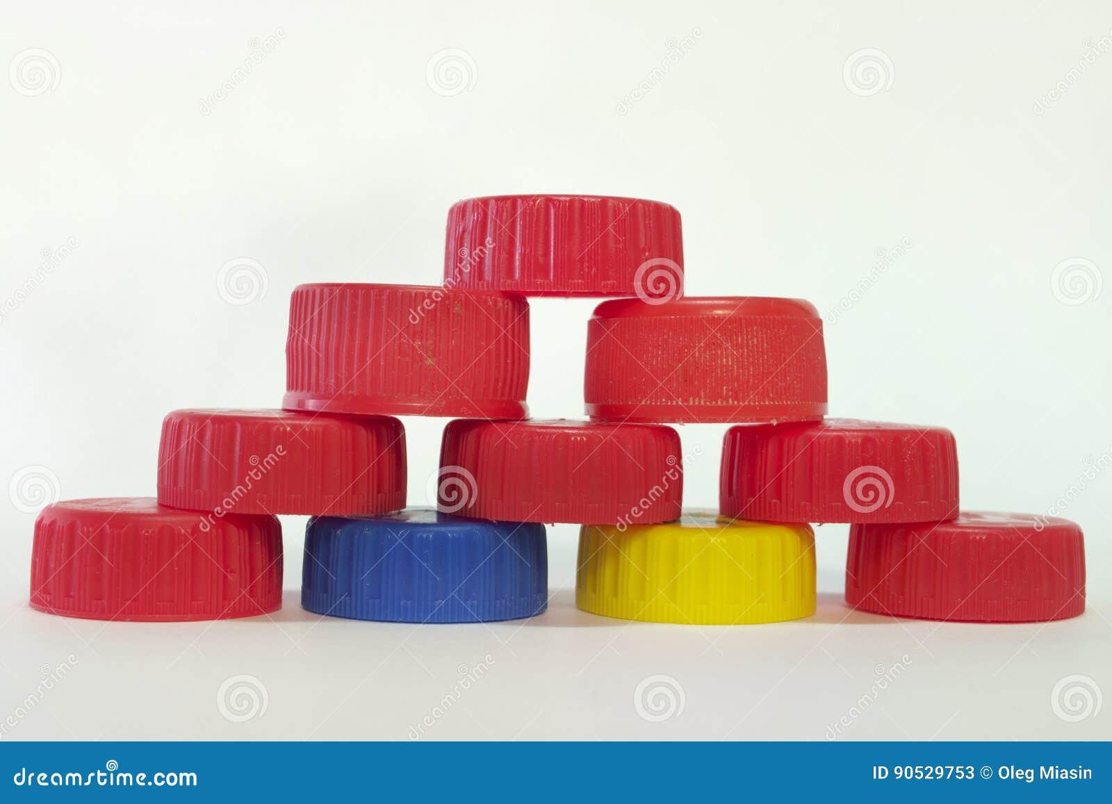 Pirâmide dos tampões das garrafas plásticas