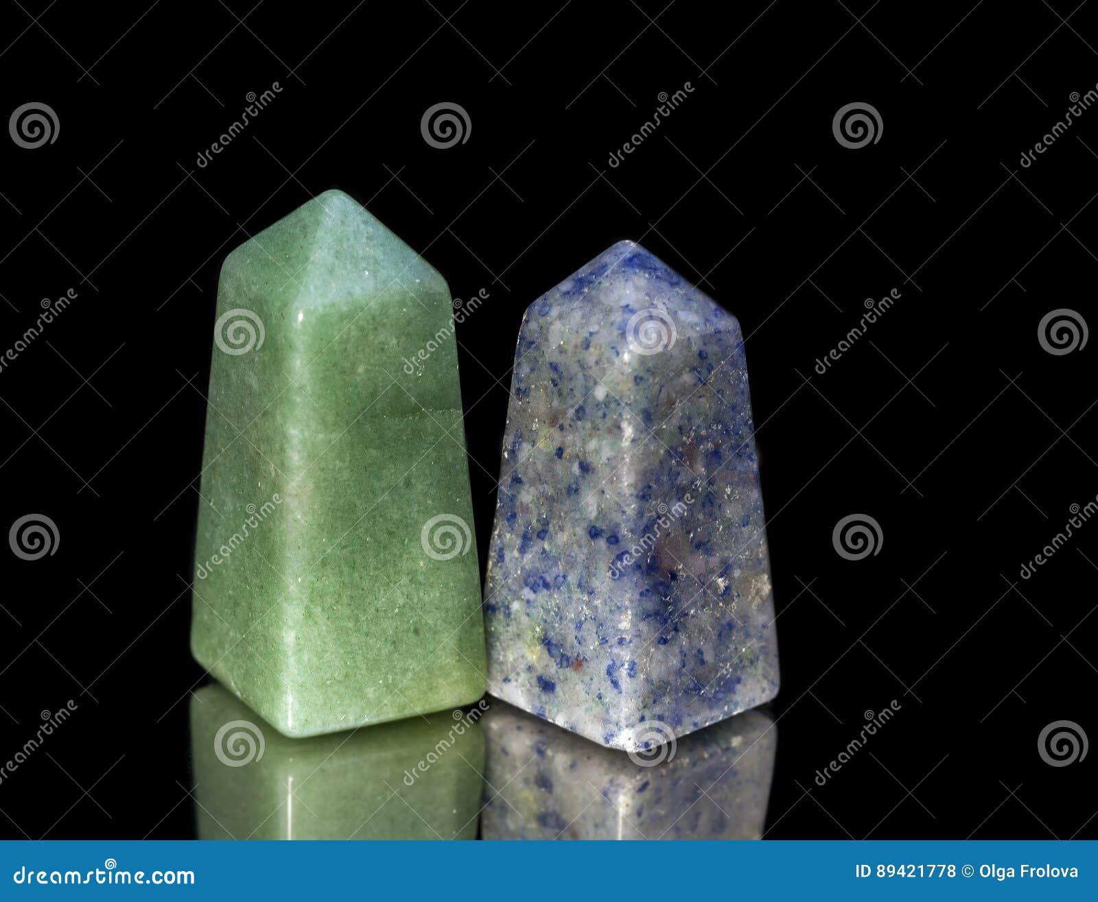 Pirâmides truncadas do quartzito verde e azul