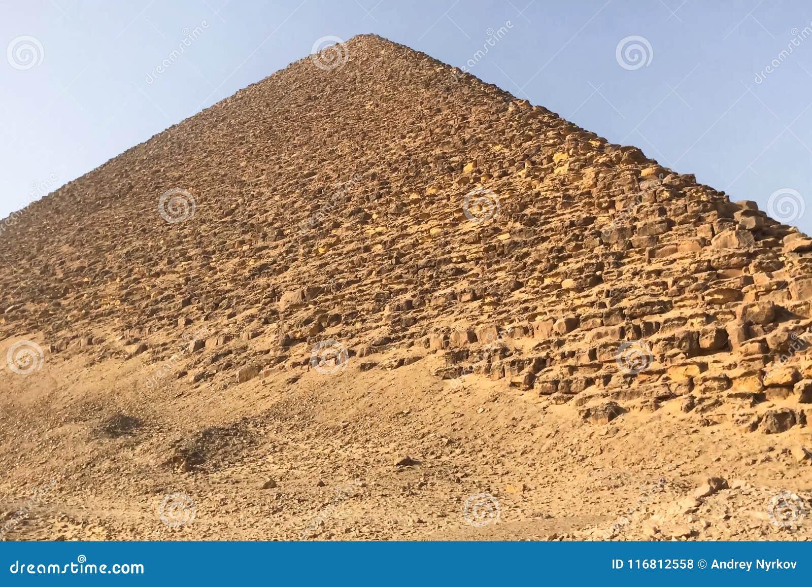 Piramidi di Giza Grandi piramidi dell Egitto La settima meraviglia del mondo Megaliti antiche