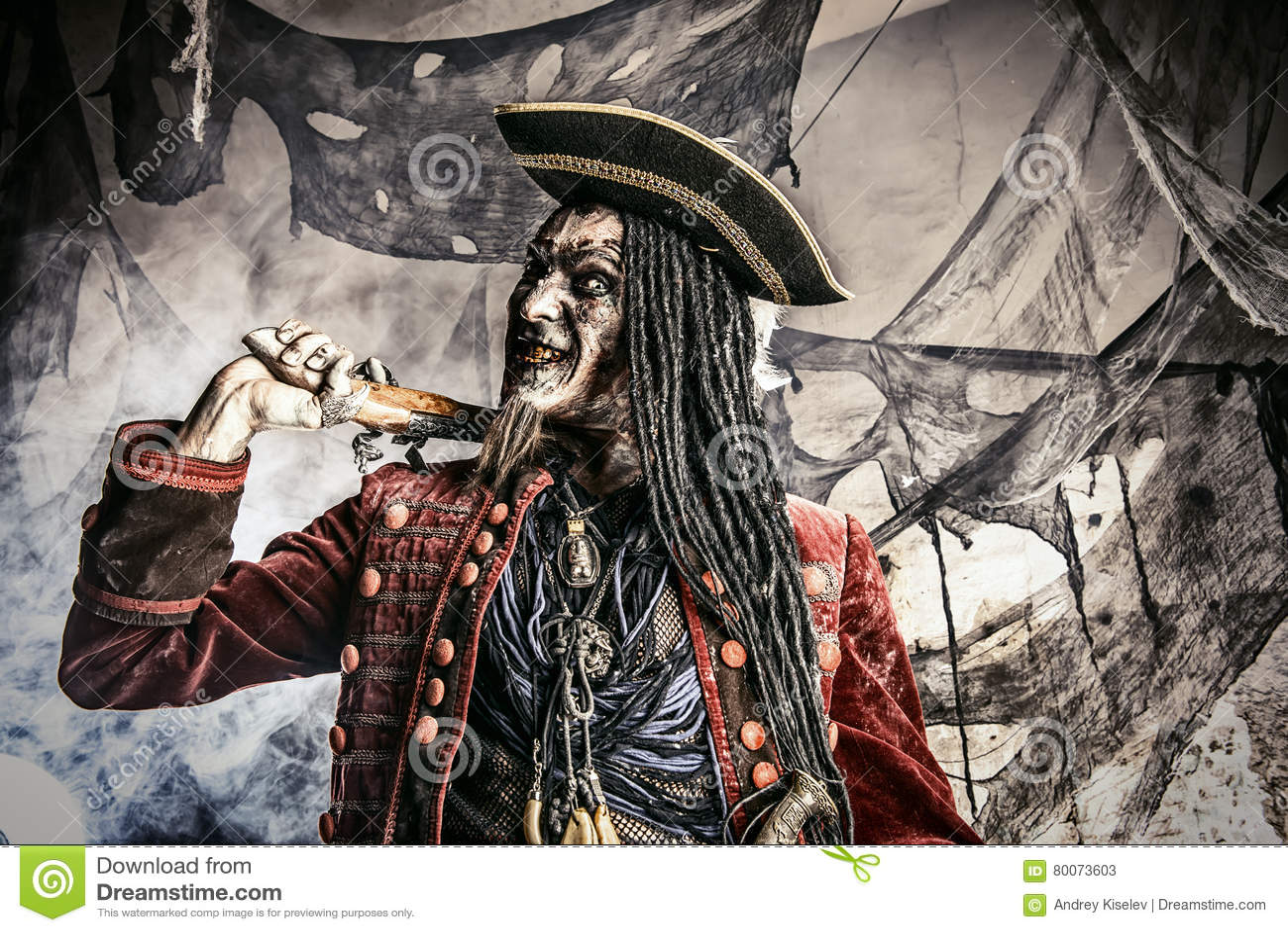 Pirata idoso inoperante