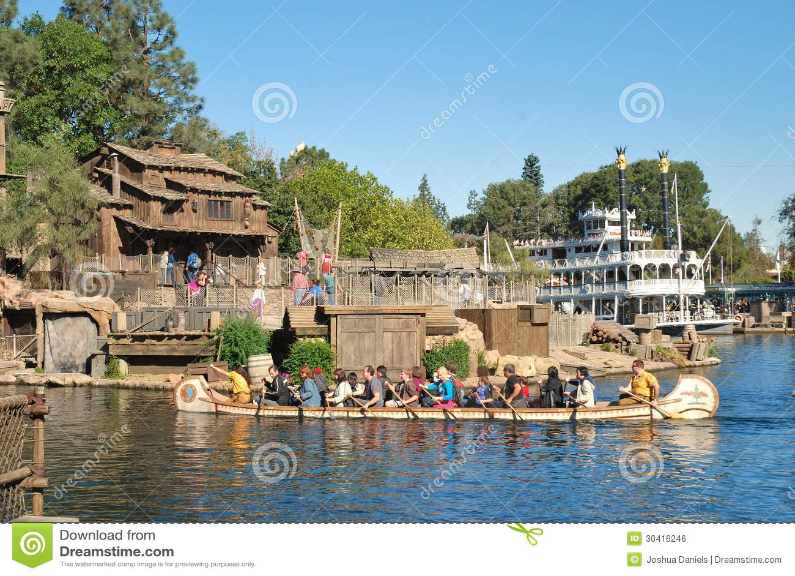 Piratkopierar lya på Tom Sawyers Island på Disneyland,