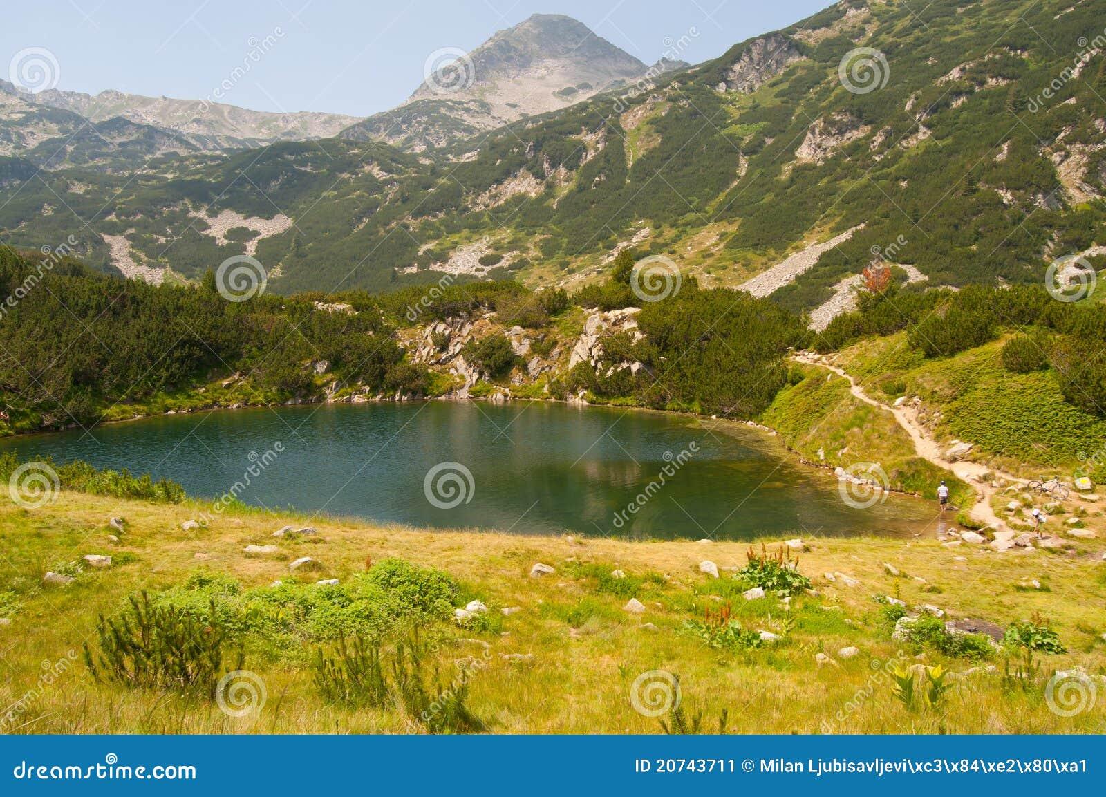 Pirin βουνών λιμνών μικρό