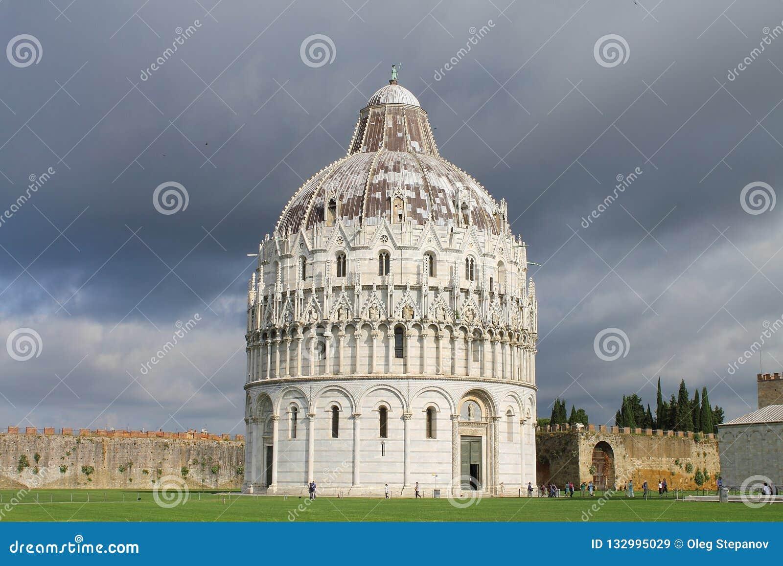 Pisa Baptistery St John Widok od południowo-wschodni Tuscany Włochy