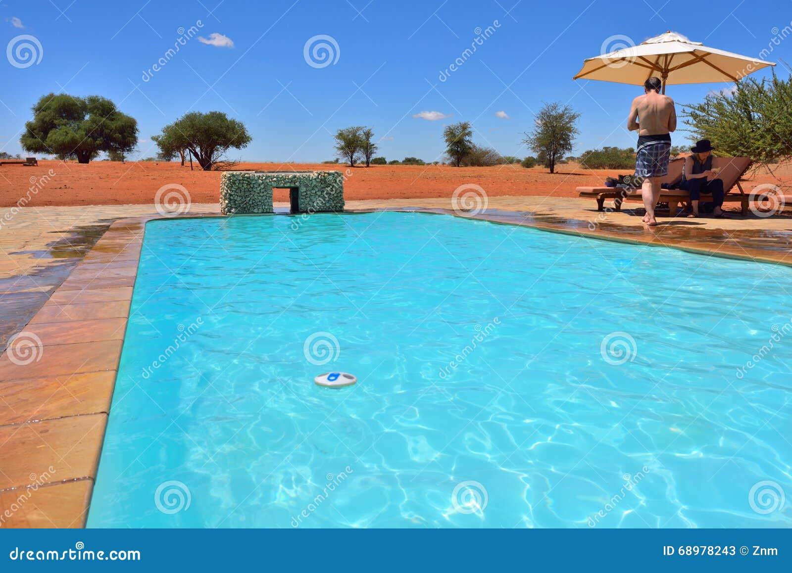 Piscina en el desierto de Kalahari
