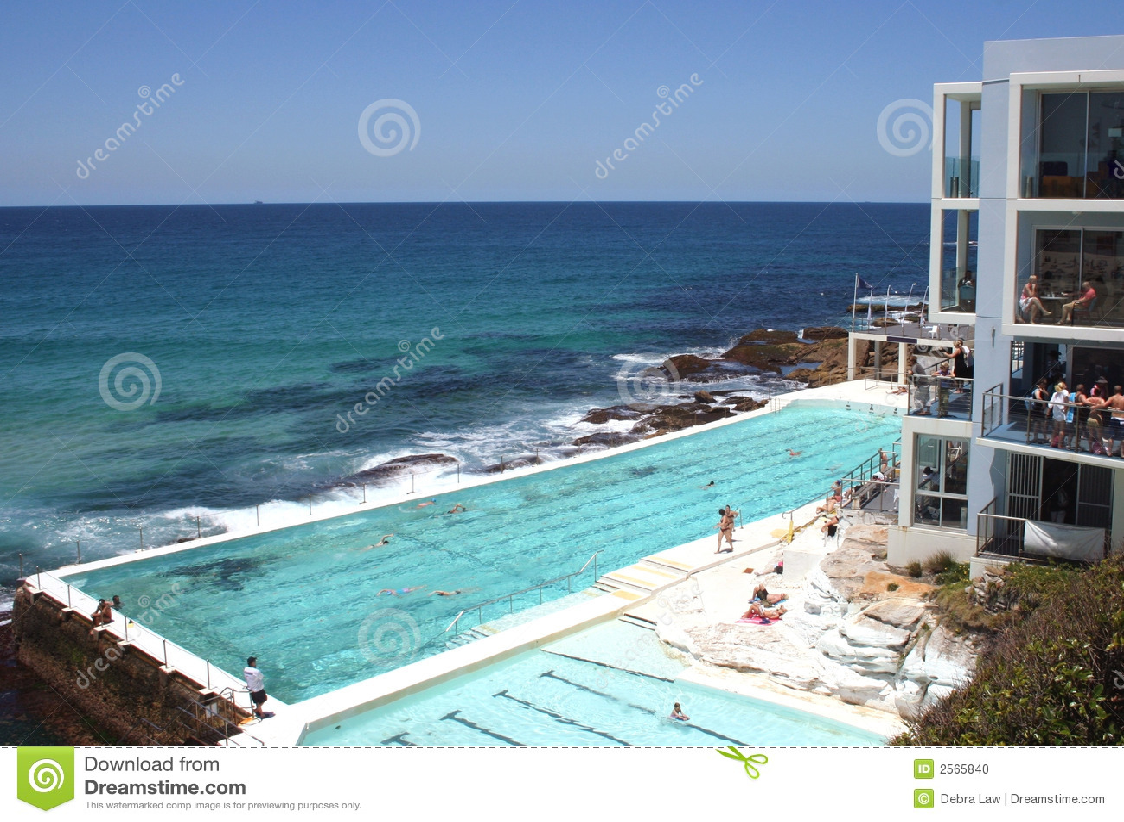 Piscina sydney de la playa de bondi foto de archivo - Piscina de playa ...