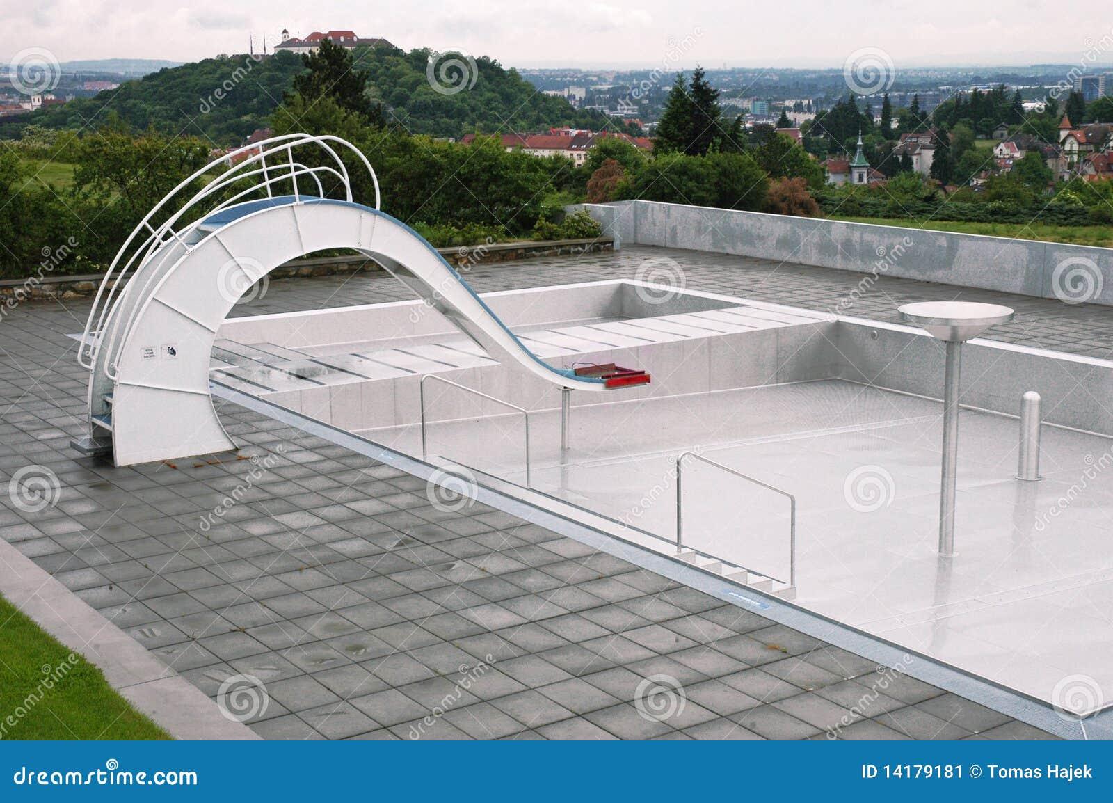 Piscina vazia imagem de stock imagem 14179181 - Business plan piscina ...