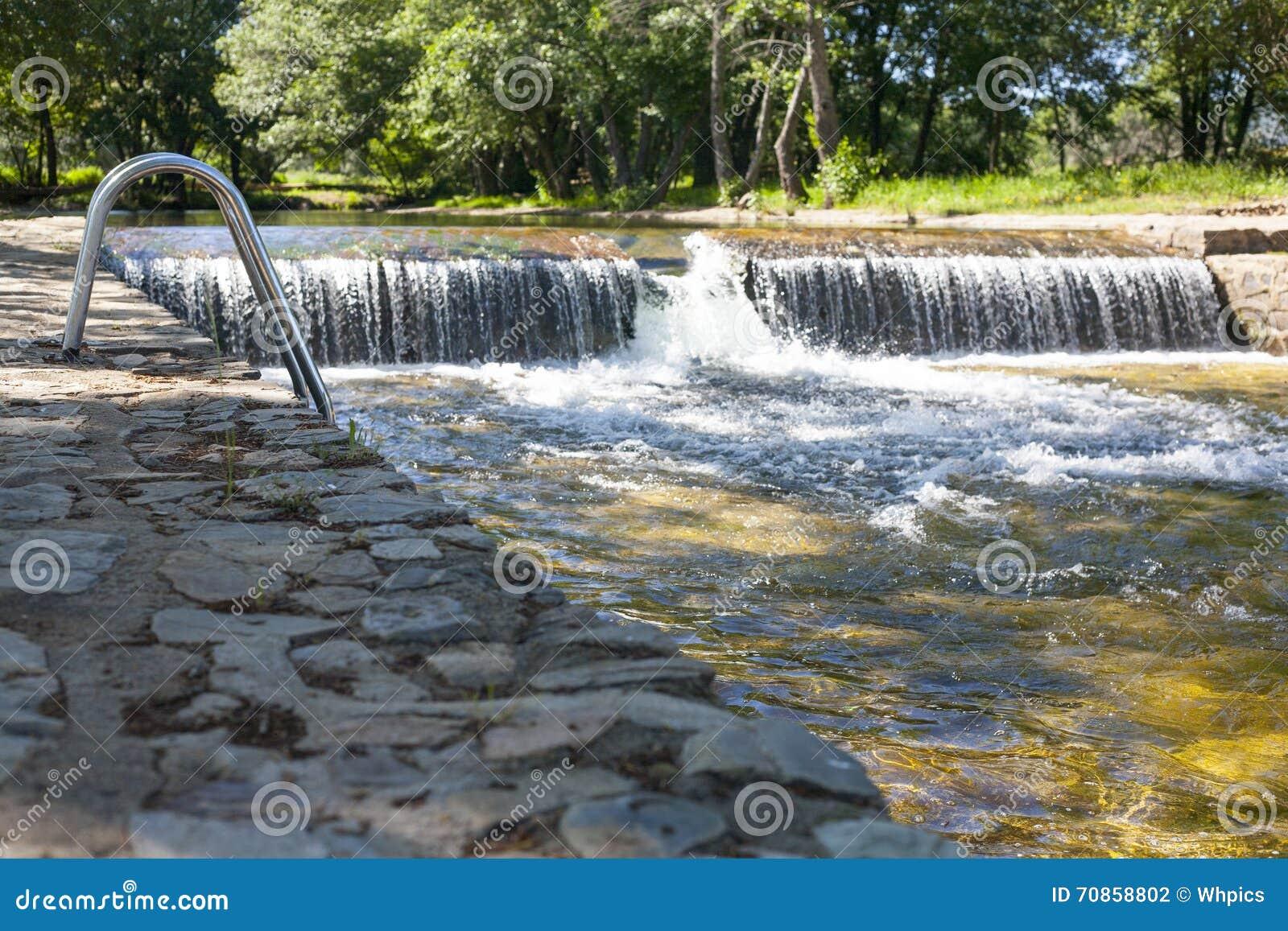 Piscinas naturales la codosera foto de archivo imagen for Piscinas naturales juan adalid