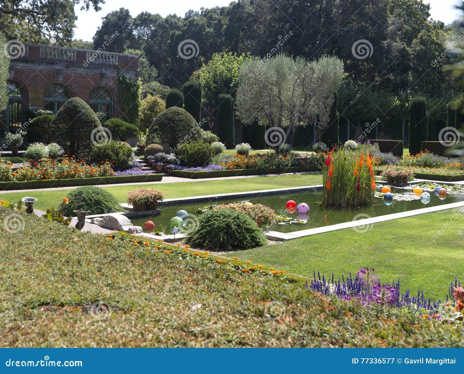 Jardin Decoratif Luxueux