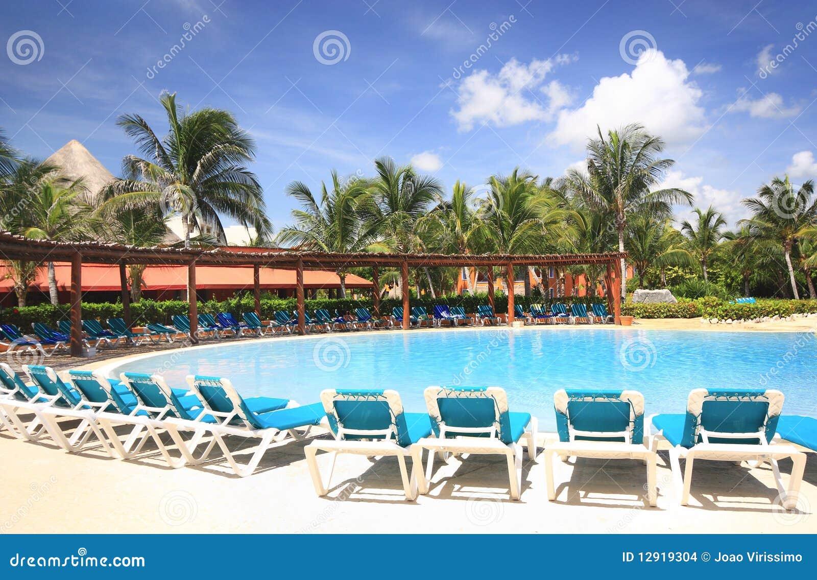 Piscine de ressource d hôtel de plage