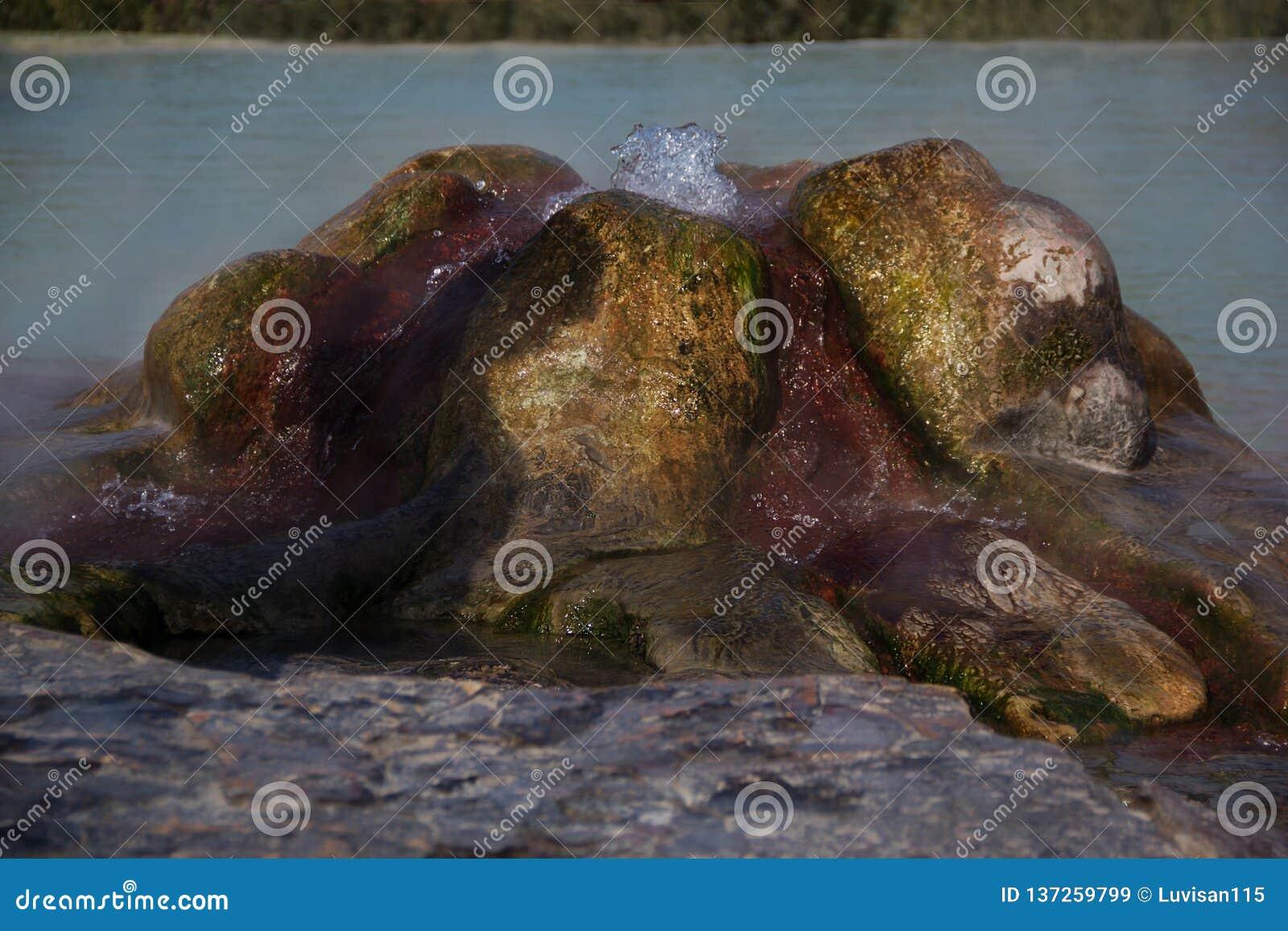 Piscines de travertin et terrasses naturelles, Pamukkale, Turquie