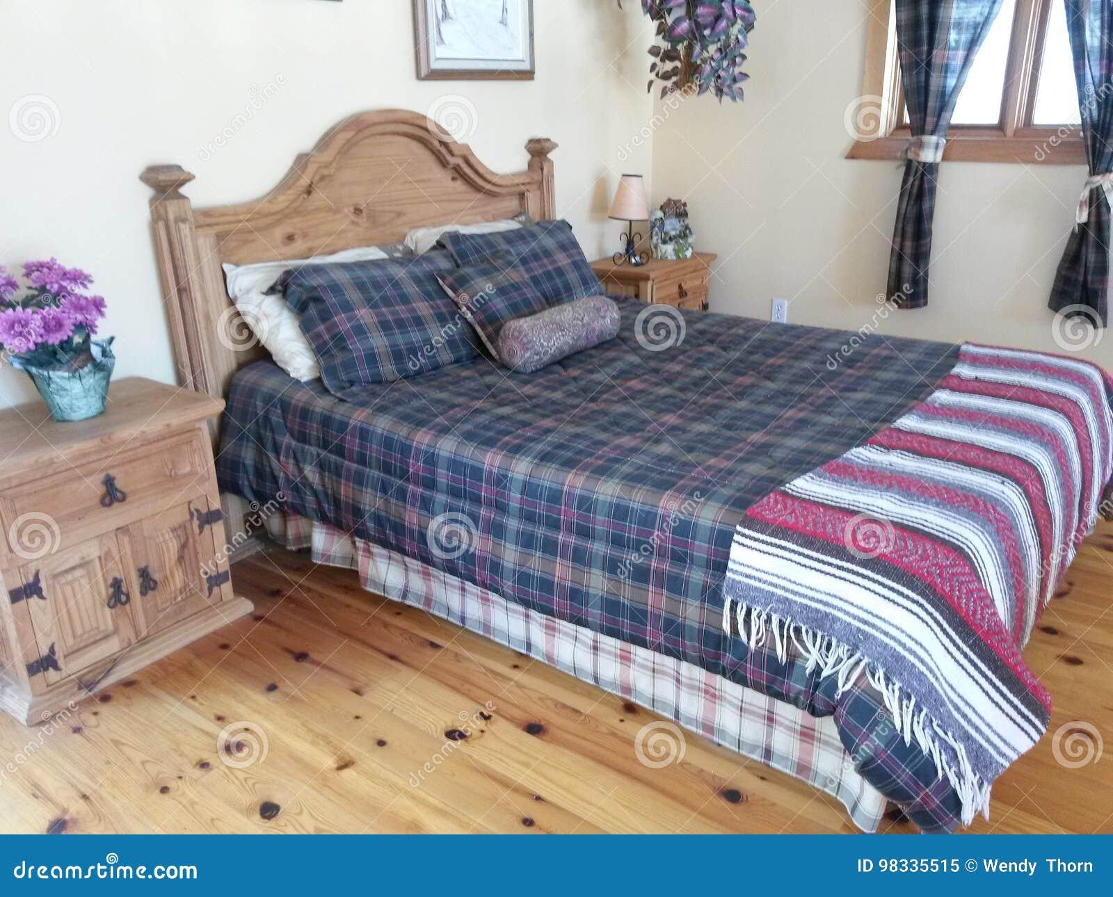 Pisos modernos de la cama de madera sólida de los muebles del dormitorio