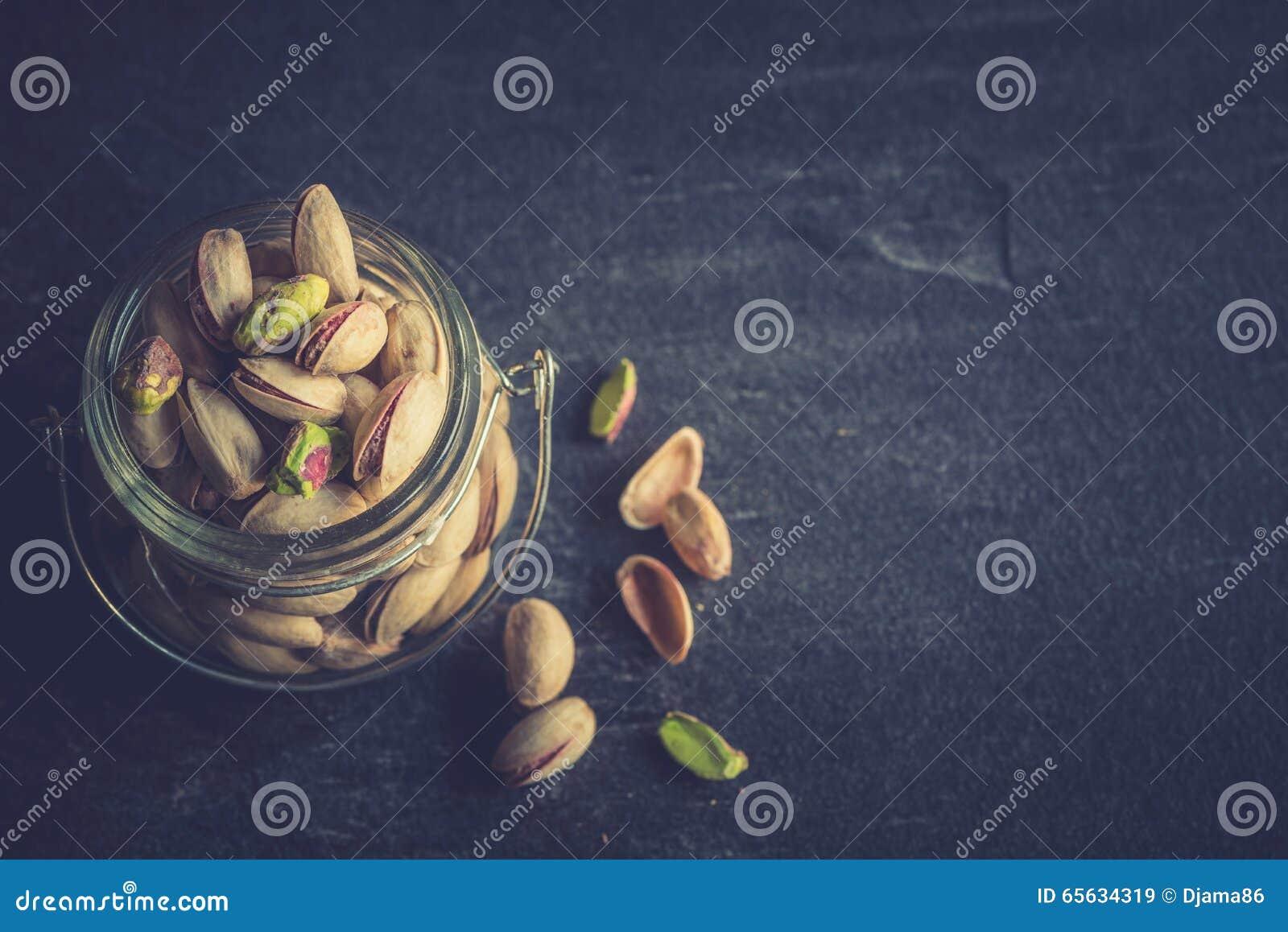 Pistaches dans le pot