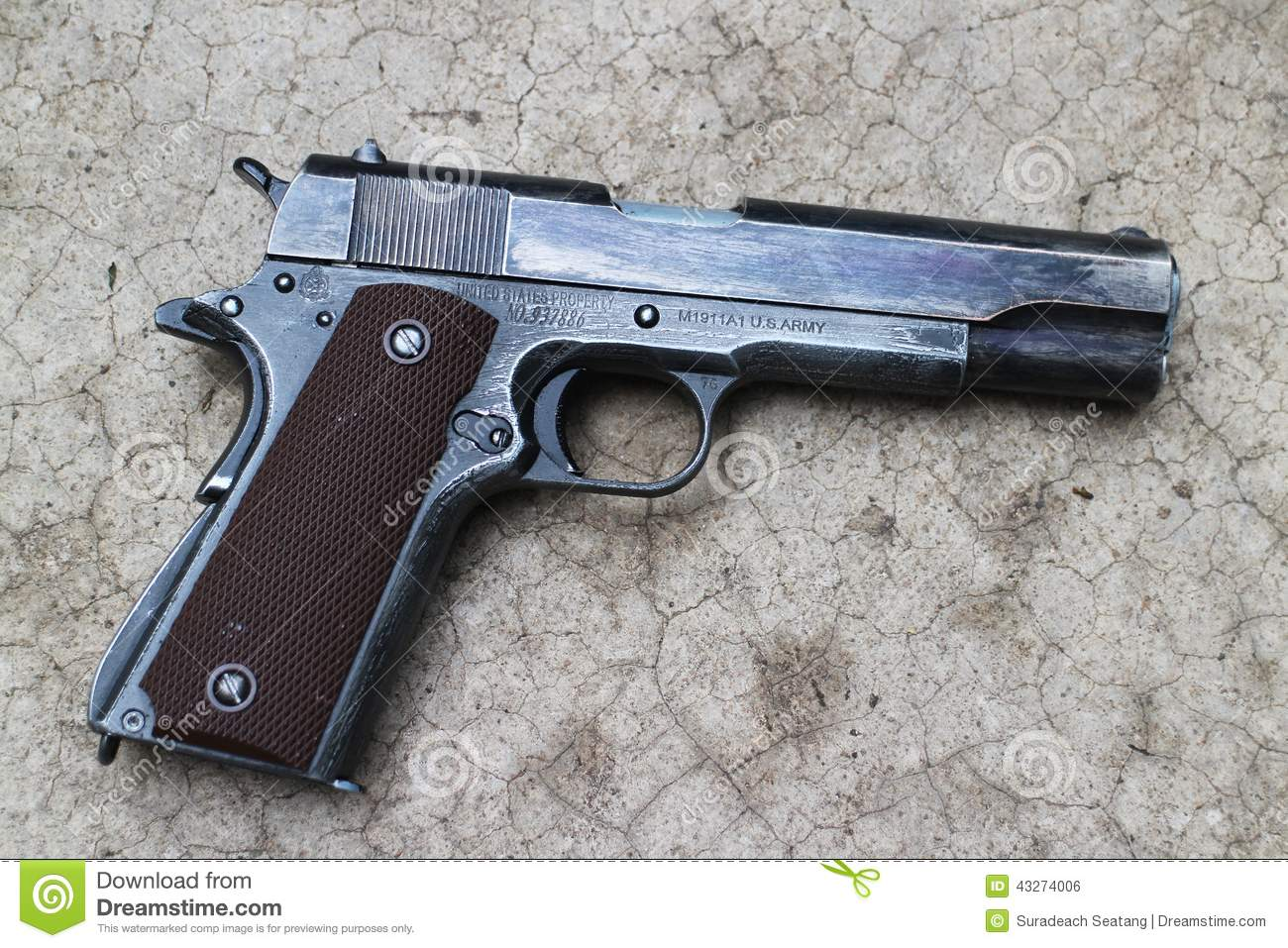 U.S. Army Pistol Colt 1911A1 Editorial Photo - Image: 43274006