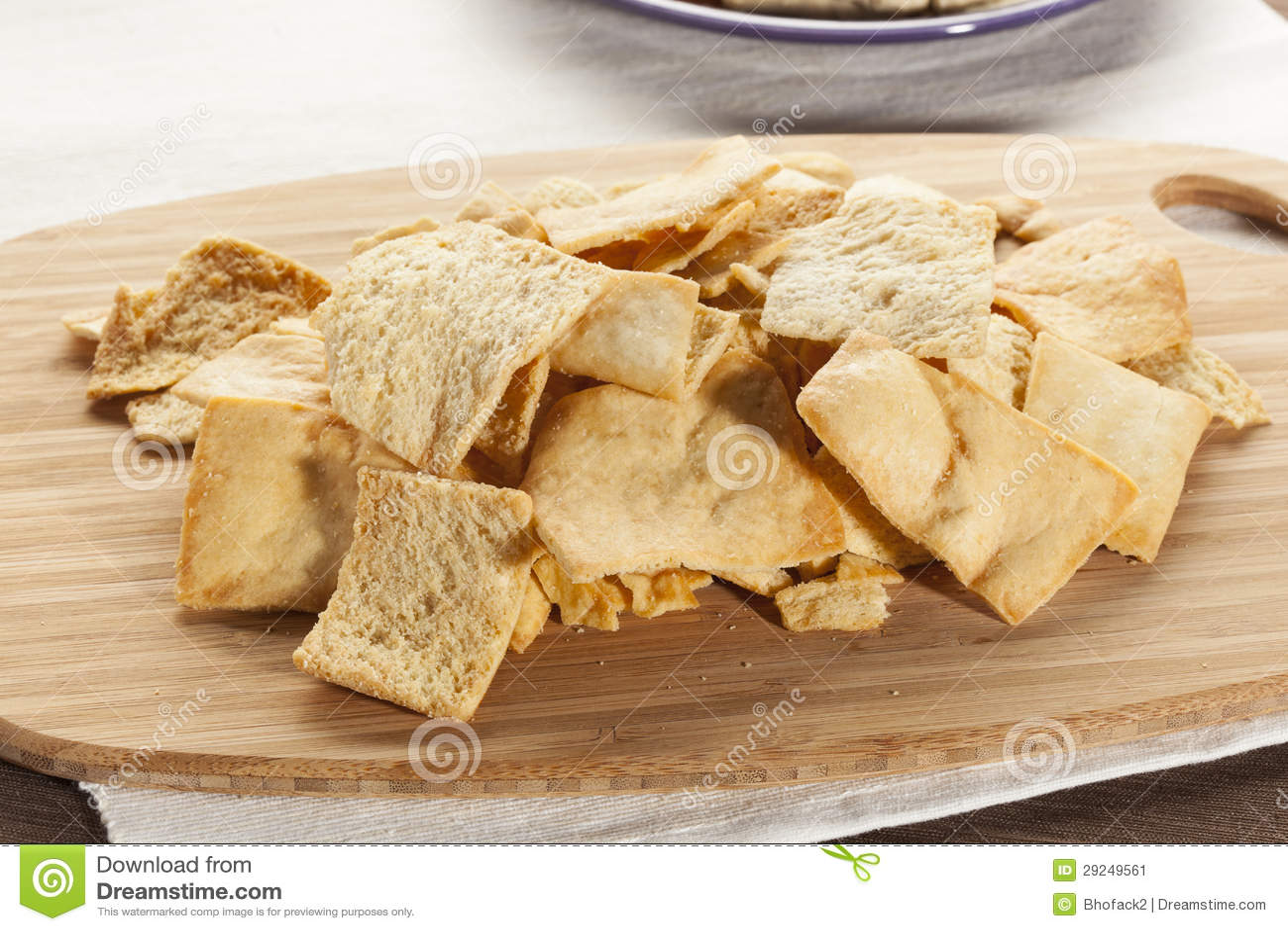 Download Pita Chips Crocante Caseiro Imagem de Stock - Imagem de aperitivo, quente: 29249561