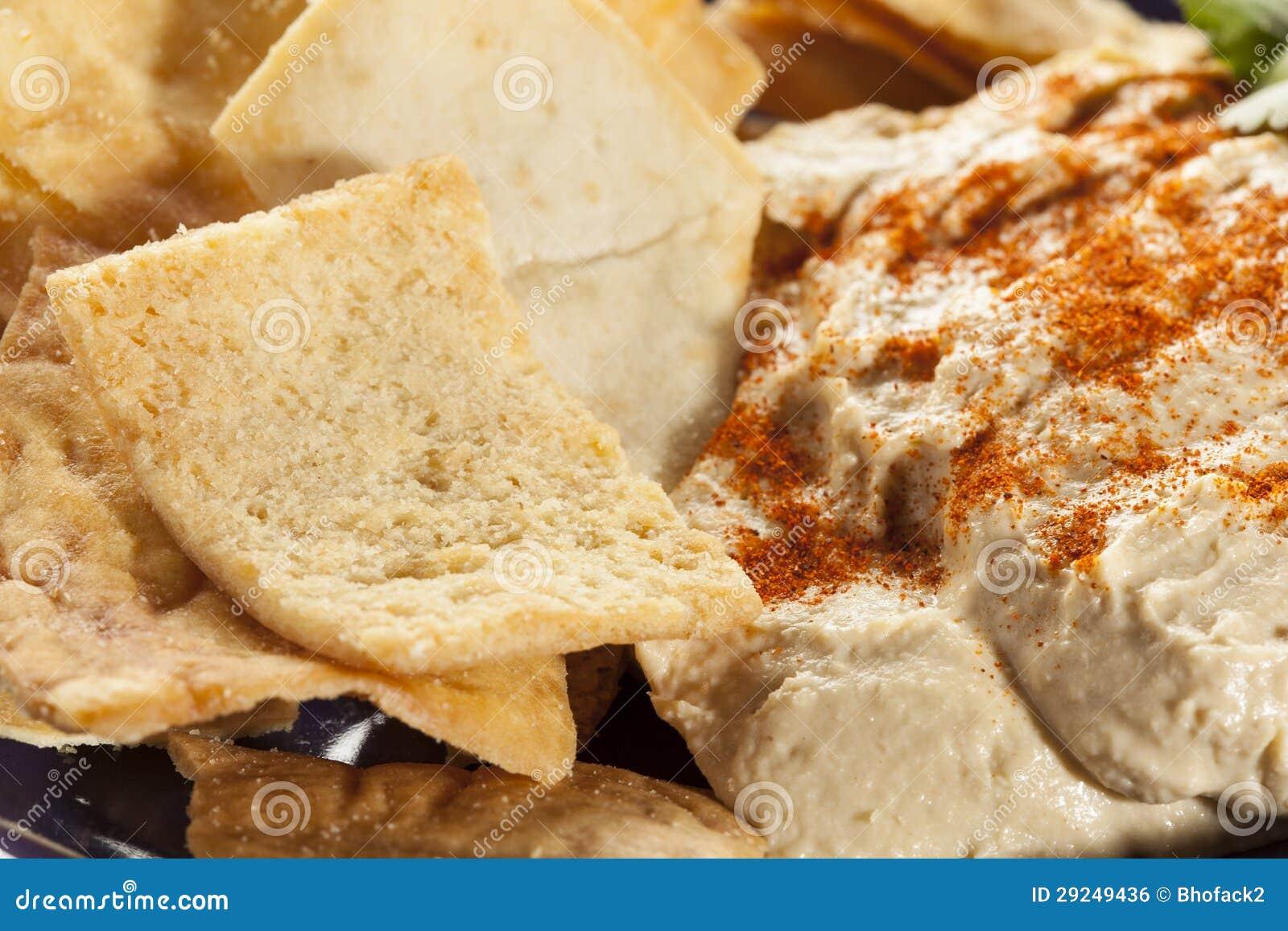 Download Pita Chips Crocante Caseiro Com Hummus Foto de Stock - Imagem de microplaqueta, duro: 29249436