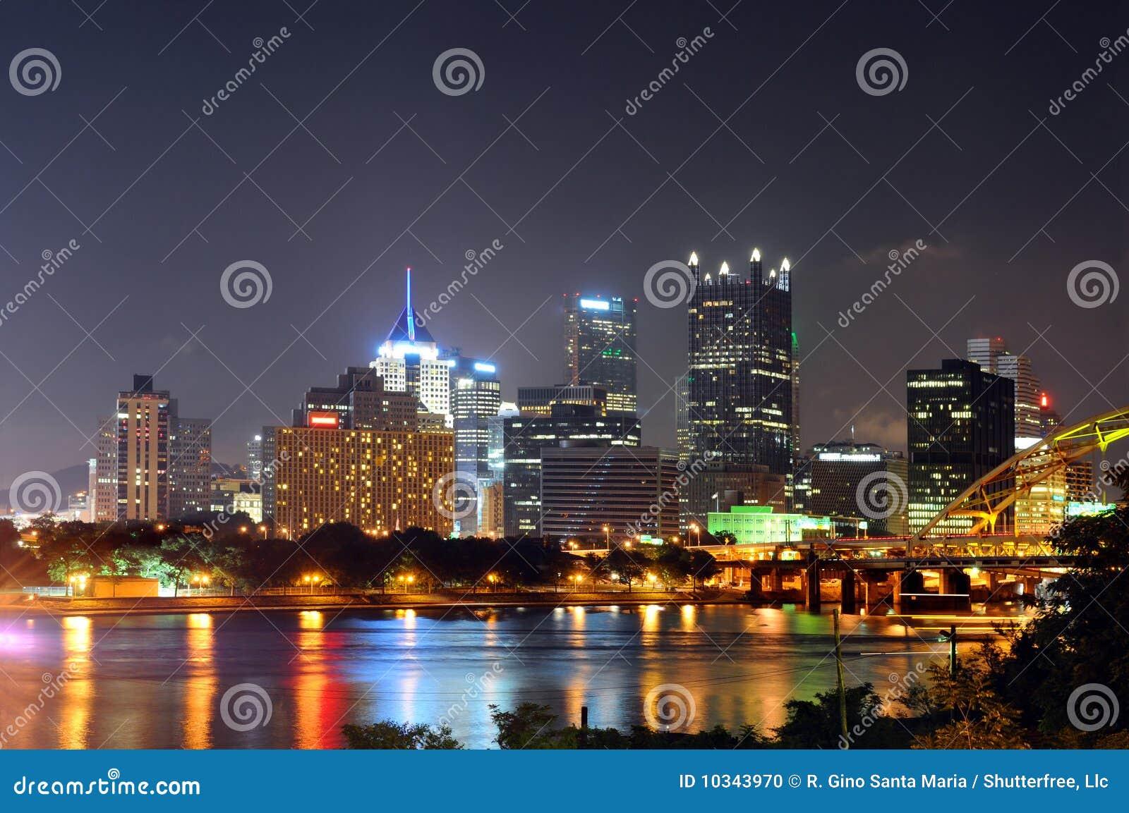 Pittsburgh en la noche