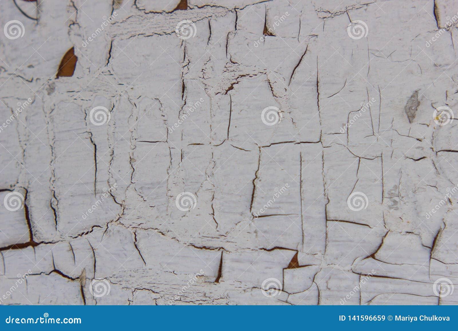 Pittura bianca sfaldata
